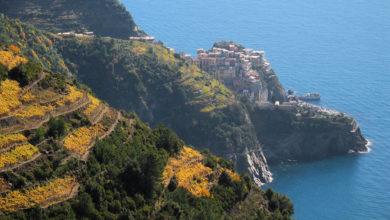 Photo of Cinque Terre, multe salate ai turisti in infradito sui sentieri