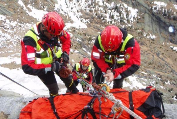 Photo of Fa un volo di 200 metri dalla Sella di Monte Aquila. 68enne di Todi muore sul Gran Sasso
