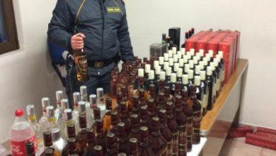 Photo of Valico del Foscagno, turisti polacchi bloccati alla dogana con 247 litri di alcol