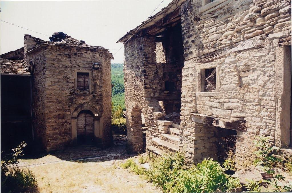 Inizia il viaggio di mount live nei borghi abbandonati il for Luoghi abbandonati nord italia