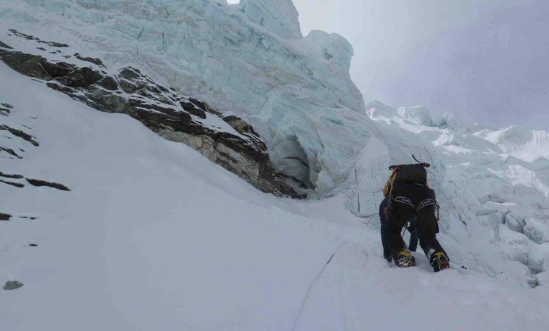 Photo of Simone Moro e Tamara Lunger: nuova via sull'Island Peak per la cresta nord-est