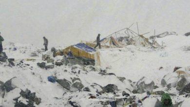 Photo of Terremoto, sull'Everest più di 100 alpinisti bloccati tra c1 e c2