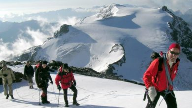 Photo of Guide alpine accompagnano gratis personale sanitario in montagna