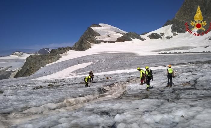 ghiacciaio soccorso alpino