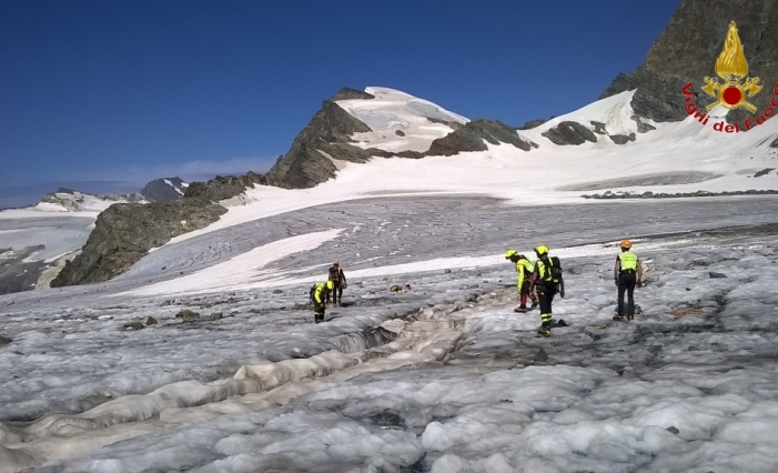 ghiacciaio scerscen resti umani