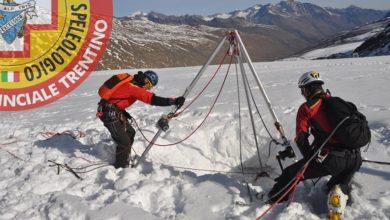 Photo of Due alpinisti tedeschi cadono in un crepaccio sull'Adamello