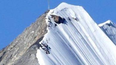 Photo of Dal ghiaccio ricompare una capanna militare sul Gran Zebrù