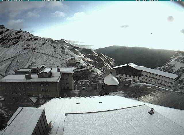 Photo of Arriva la prima neve sulle Alpi. Temporali sull'Appennino centrale
