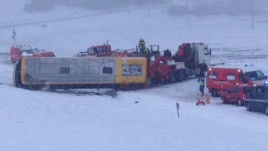Photo of Pullman sbanda su neve in montagna, almeno 2 studenti morti in Francia