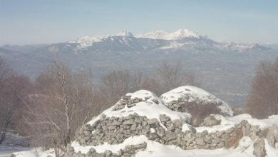 Photo of Alla scoperta dei Tholos, le capanne in pietra a secco della Majella