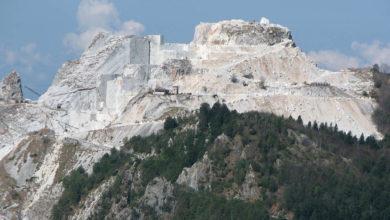 Photo of In 2000 in piazza per le Alpi Apuane: no a nuove cave
