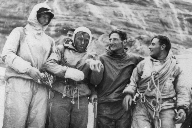 Erstbesteigung der Eiger-Nordwand; H. Harrer, L. Vˆrg, A. Heckmair, F. Kasparek; 1938#First ascent of the Eiger north face; H. Harrer, L. Vˆrg, A. Heckmair, F. Kasparek; 1938