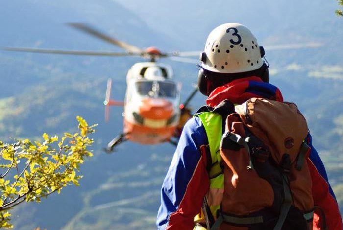 Photo of Marito e moglie precipitano e muoiono su Alpi Apuane