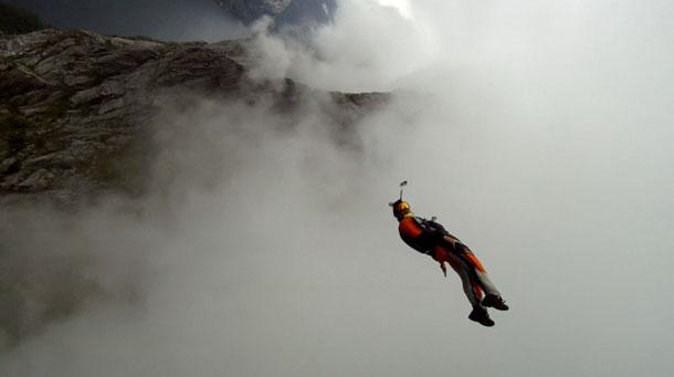 Incidenti montagna: muore basejumper Alexander Polli