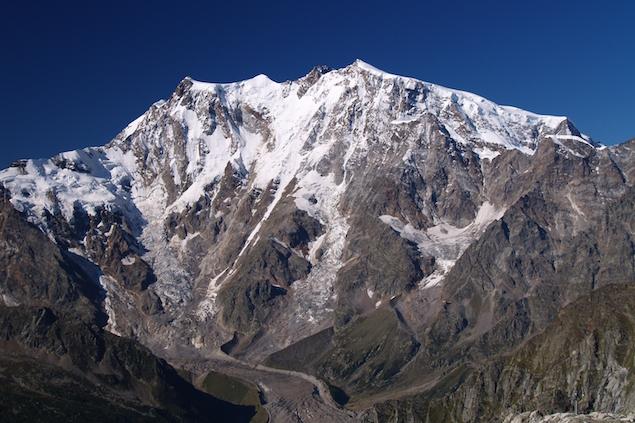 Cade in un crepaccio sul Monte Rosa Morto alpinista di Torino