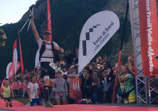 Peter-Kienzl-al-traguardo-4K-Alpine-Endurance-Trail-Valle-d-Aosta