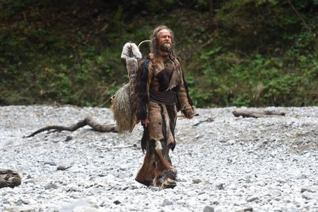 epa05559192 German actor Juergen Vogel walks on the set of the film  with the working title 'ICEMAN - Die Legende von Oetzi' (ICEMAN - The legend of Oetzi) in the Asamklamm gorge near Eschenlohe, Bavaria, Germany, 27 September 2016. The movie tells the story of Oetzi, a frozen mummy, found in the Oetztal Alps in 1991.  EPA/FELIX HOERHAGER