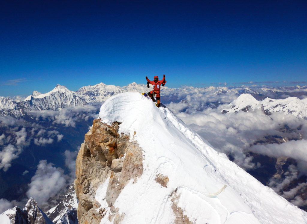 manaslu-summit