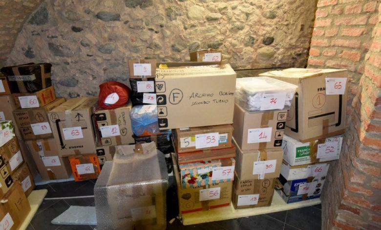 Photo of Museo della Montagna, aperti gli scatoloni dell'archivio di Bonatti