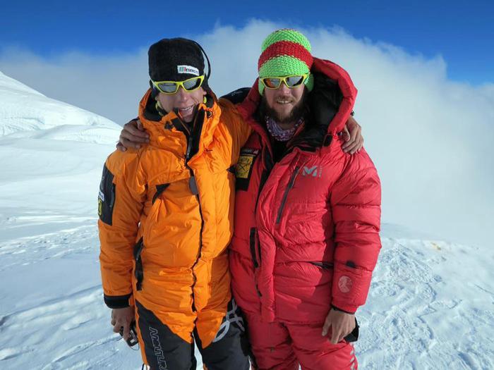 Francois Cazzanelli ed Emrik Favre. Nepal, settembre 2016 Foto da facebook (https://www.facebook.com/francoiscazzanelli/)