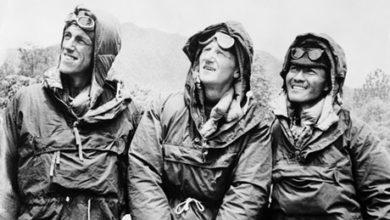 Photo of John Hunt, il capo spedizione della prima salita all'Everest
