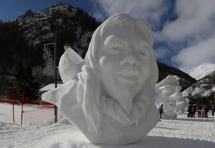 Concorso internazionale sculture neve in Alta Savoia (Francia)