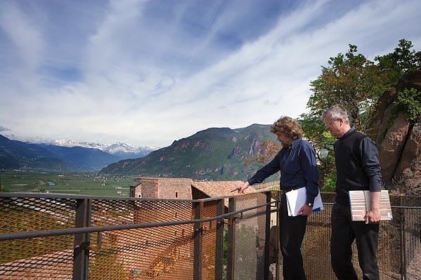 Photo of Ok di Messner: dispersione delle ceneri dei defunti a Castel Firmiano
