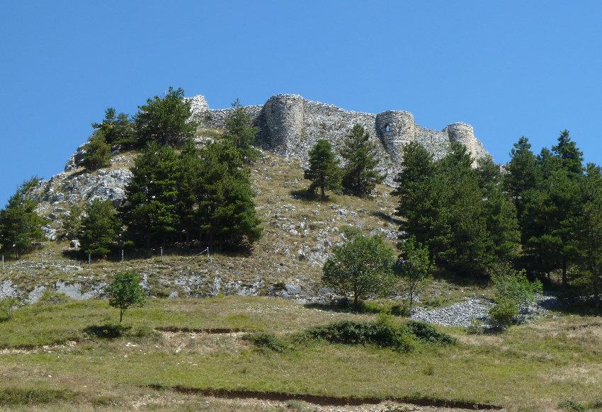 castello roccamandolfi (fotoeweb)