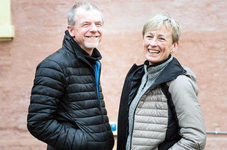 L'alpinista tarvisiana Nives Meroi e il marito Romano Benet hanno raggiunto oggi alle 9 locali la vetta dell'Annapurna (8.091 metri), in Nepal, diventando la prima coppia ad aver scalato assieme tutti i 14 Ottomila della Terra. ANSA/UFFICIO STAMPA ELASTICA ++ NO SALES, EDITORIAL USE ONLY ++