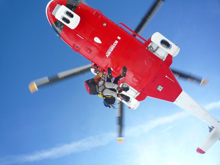 Aosta:l'elicottero del soccorso alpino valdostano