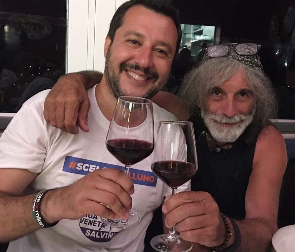 "Matteo Salvini 'corteggia' Mauro Corona"""