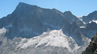 Photo of Tricolore gigante (1kmx9m) sull'Adamello, il Cai dice no