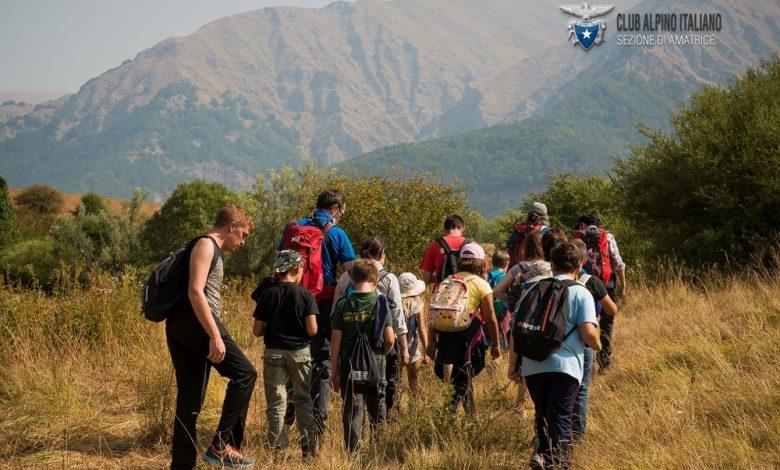 Photo of Amatrice, Cai e Save the children portano i bimbi a lezione in montagna