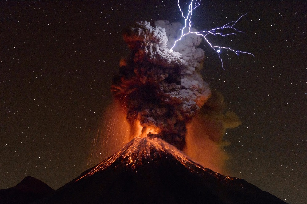 Winner Mountain Photo of the Year_Sergio Tapiro Velasco