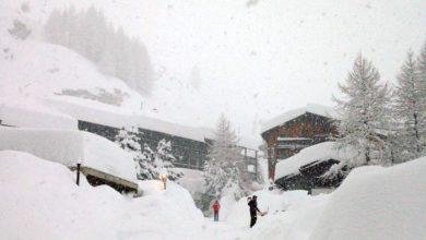 Photo of Oltre due metri di neve, Cervinia isolata