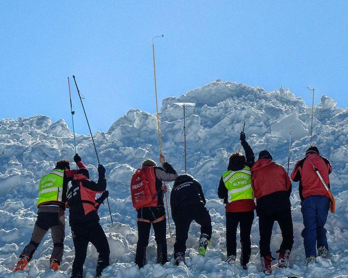 Esercitazione soccorso alpino ricerche persone travolte da valanga valanghe Soccorso Alpino Emilia Romagna - SAER