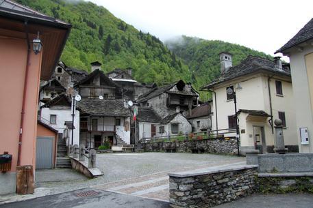 Borgomezzavalle  dove si vendono case a un euro Foto collaboratore Renato Balducci