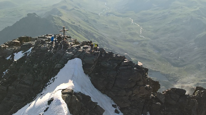 Illesi i due alpinisti bloccati da ieri sul Monviso