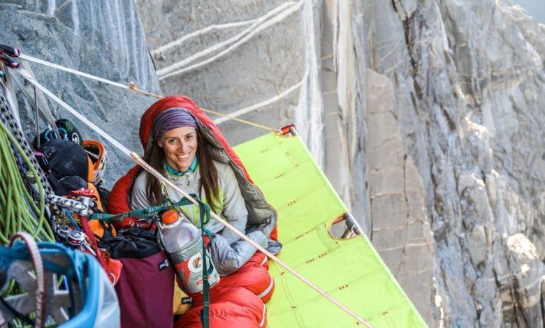 Photo of Lola Delnevo Maglione Rosso dei Ragni di Lecco