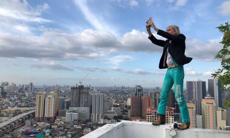 Photo of Lo spiderman francese Alain Robert scala grattacielo di Manila