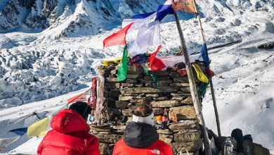 Photo of Simone Moro, con la Puja inizia la scalata al Manaslu