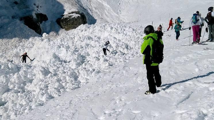 Photo of Valanga su Orobie: salvi gli scialpinisti coinvolti