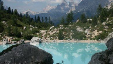 Photo of Troppi turisti, stop balneazione al lago di Sorapis