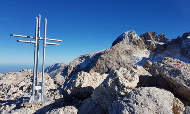 Photo of Gran Sasso, nuova croce di vetta su Corno Piccolo