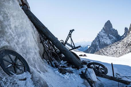 Photo of Monte Bianco, ripulito ghiacciaio Grand Flambeau