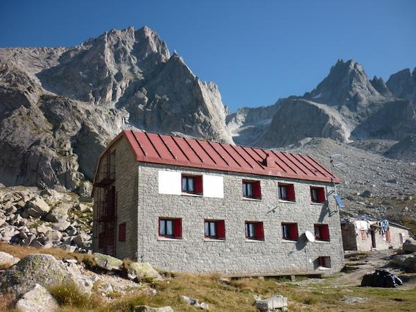Photo of Bando per gestione Rifugio Allievi Bonacossa in alta Val di Zocca