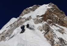 Photo of Alex Txikon ci regala il video di vetta sull'Ama Dablam