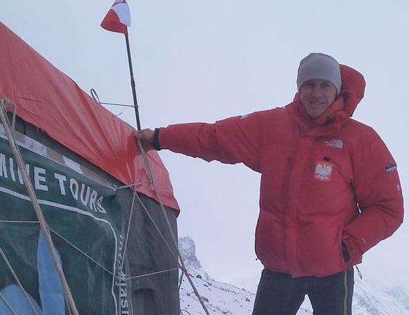 Photo of I compagni di Denis Urubko verso C1 del Broad Peak