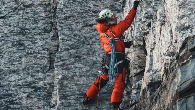 Photo of Everest, Jost Kobusch solo e senza ossigeno sulla cresta ovest
