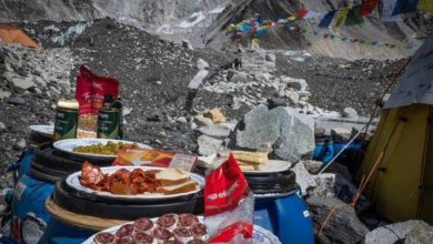Photo of Il picnic di Alex Txikon all'Everest